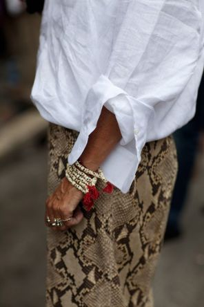 white-shirt-snake-skirt
