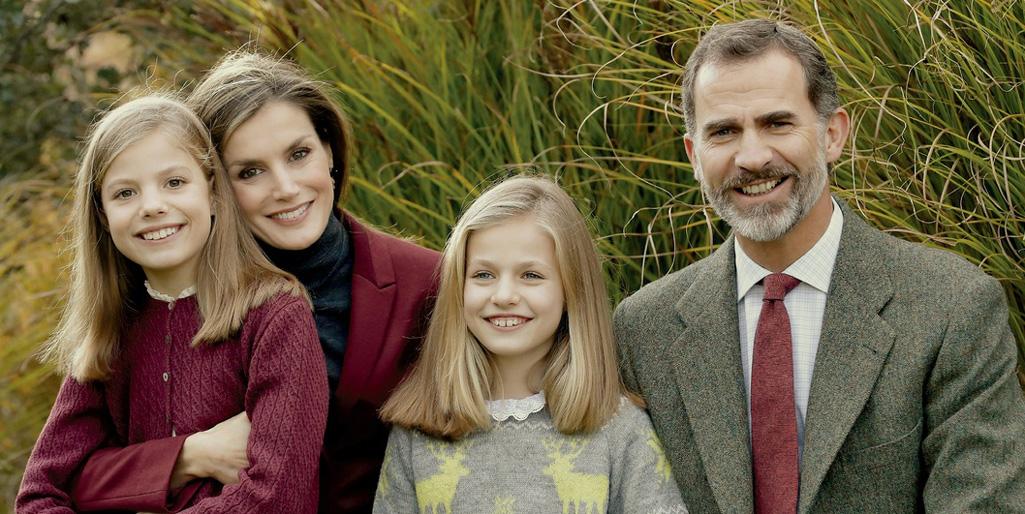 spain-royal-family-holiday-t.jpg